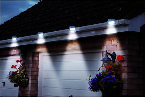 Pack Of 2 White Superbright 3 LED Solar Powered Lights For
